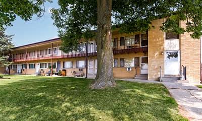 Building, Parkside Apartments / Grace Manor Apartments, 1