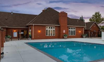 Pool, Tregaron Oaks, 2