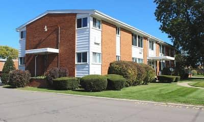 Building, Lorraine Manor, 0