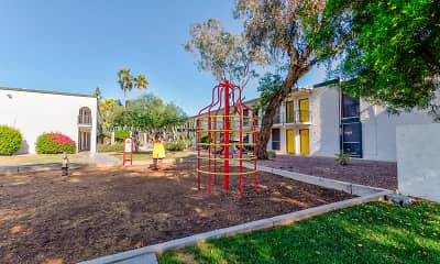 Playground, GIO, 2