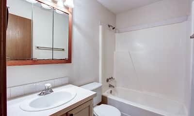 Bathroom, Bruziv - Cuyahoga Falls, 2