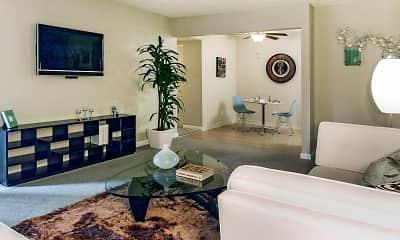 Rivercrest Apartments, 1