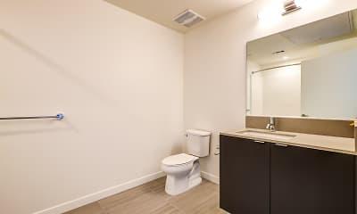 Bathroom, Catalina West Adams, 2