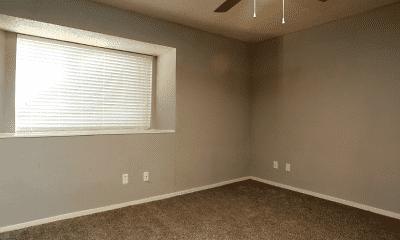 Bedroom, Meadow Green, 2
