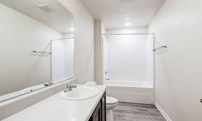 Bathroom, Foxhill Ridge, 2