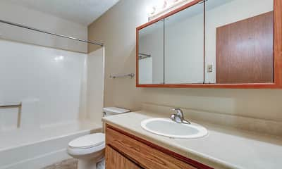 Bathroom, Ashland Willow Creek Apartments, 2