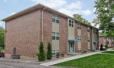 Building, Village Gardens Apartments, 0