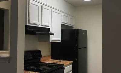 Kitchen, Woodland Run East Apartments, 2