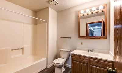 Bathroom, Parkside Manor, 2