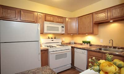 Kitchen, Apple Creek Townhomes, 0