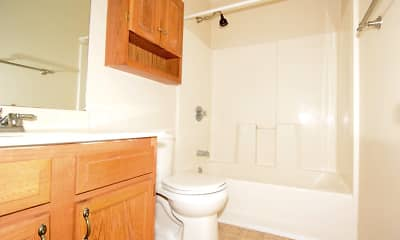 Bathroom, Timothy Trace Apartments, 2
