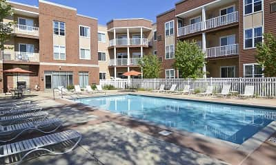 Pool, Waterford Commons, 0