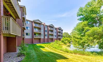 Building, Lakewood Hills Apartments, 1