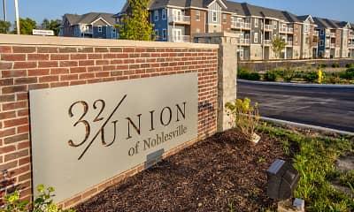 Community Signage, 32 Union, 2