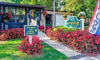 Community Signage, Fox Creek Apartments, 0