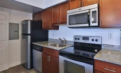 Kitchen, Tamarron Apartments, 0