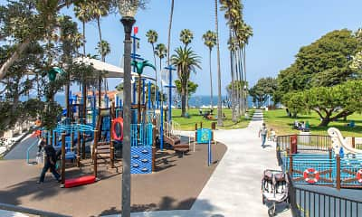 Playground, Playa Pacifica, 2
