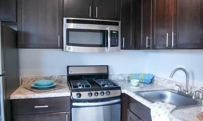 Kitchen, 611 Park Avenue, 1