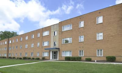 Building, Belvoir Center Apartments, 0