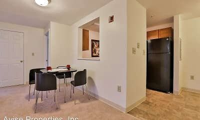 Dining Room, The Residences at Summit Pointe, 1