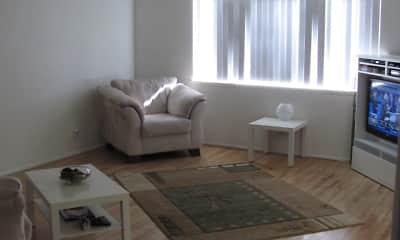 Living Room, Continental Arcadia & Royal Gardens, 2