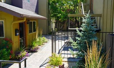 Courtyard, Plumas Garden, 0