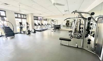 Fitness Weight Room, Valor at the Realm, 2