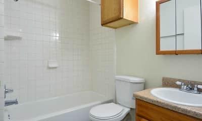 Bathroom, Jefferson Square Apts, 2