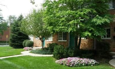 Edgewood Court Townhomes, 1