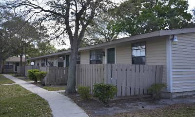 Building, Palm Harbor Villas Apartments, 2