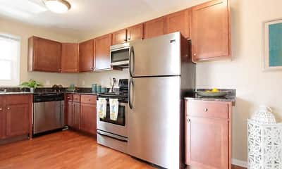 Kitchen, Park Trails, 0