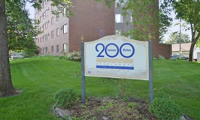 Community Signage, 200 Levee Drive Apartments, 2