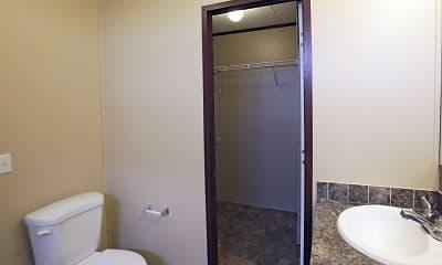 Bathroom, Woodlake Trails, 2