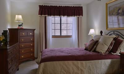 Bedroom, Pinewood Creek Apartments, 2