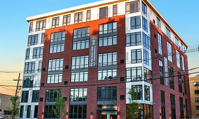 Building, Park Bayonne, 2