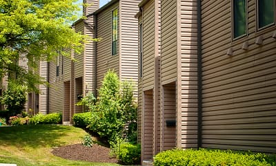 Building, Greenbriar Village Apartments & Townhomes, 1