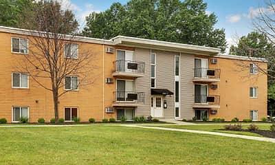 Building, Lakeland Terrace Apartments, 2