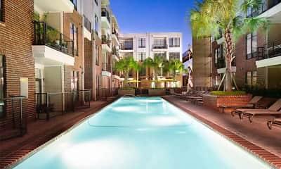 Pool, 77008 Luxury Properties, 2