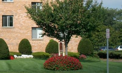 Building, Jefferson Arms Apartments, 2