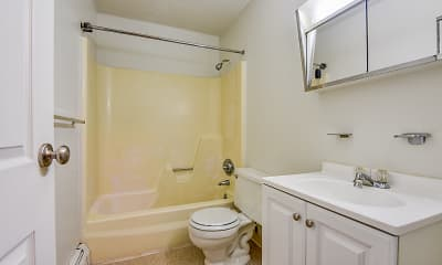 Bathroom, Kingswood, 2