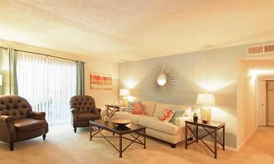 Living Room, KRC Alderwood Trails, 1