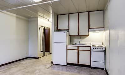 Kitchen, Della Plaza, 1