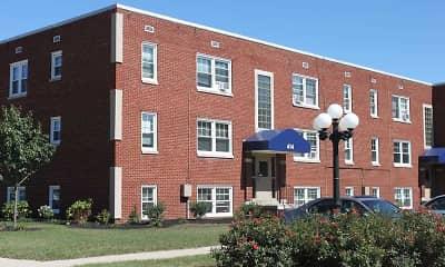 Building, Cedar Glen, 0