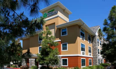 Building, Furnished Studio - Temecula - Wine Country, 1
