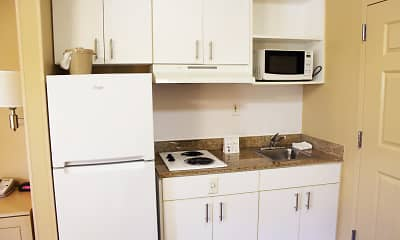 Kitchen, Furnished Studio - Chesapeake - Churchland Blvd., 1