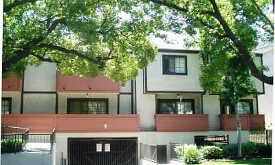 Building, Myrtle Street Apartments, 0