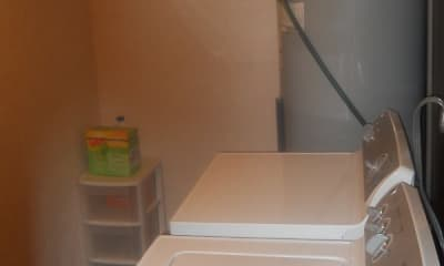Kitchen, Springwood Apartments, 2