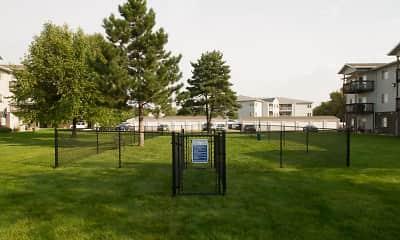 Oxbow Park Apartments, 1