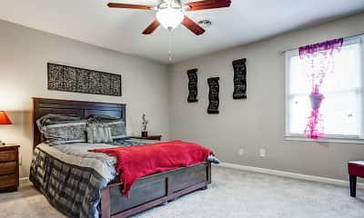 Bedroom, Williamsburg Manor Apartments, 2