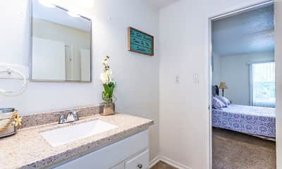 Bathroom, Ravenwood Apartments, 2